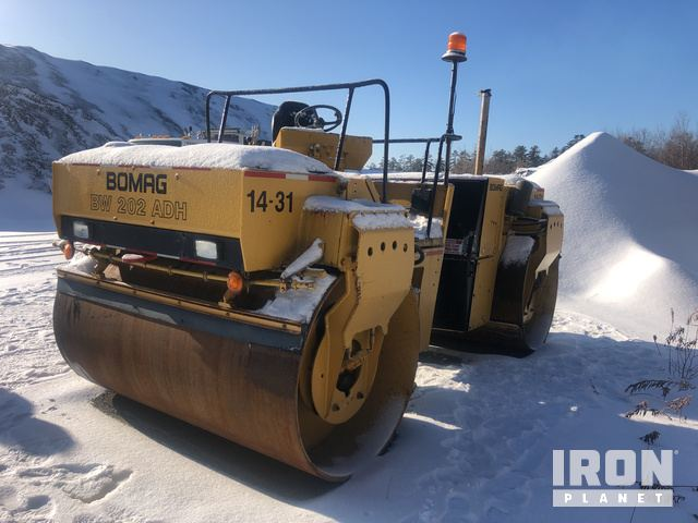 Bomag BW202ADH Vibratory Double Drum Roller, Roller