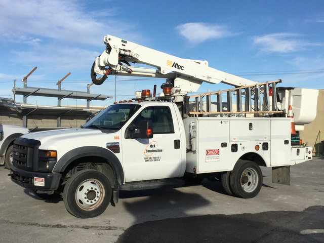 Used Bucket Trucks For Sale >> Altec At37 G Bucket On 2008 Ford