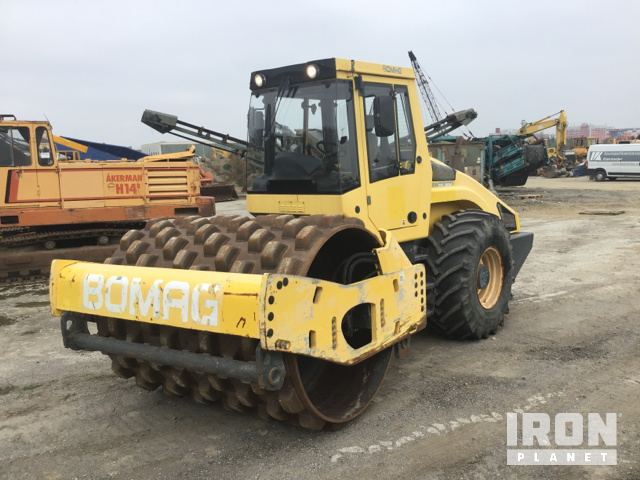 2005 Bomag BW213PDH-4 Vibratory Single Drum Compactor, Vibratory Padfoot Compactor