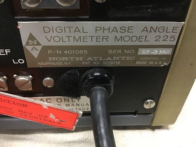 225 Good Working P//N 401085 NORTH ATLANTIC DIGITAL PHASE ANGLE VOLTMETER