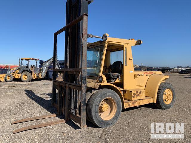 Hyster H250H Pneumatic Tire Forklift, Forklift