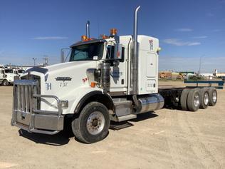 Kab & chassis trucks