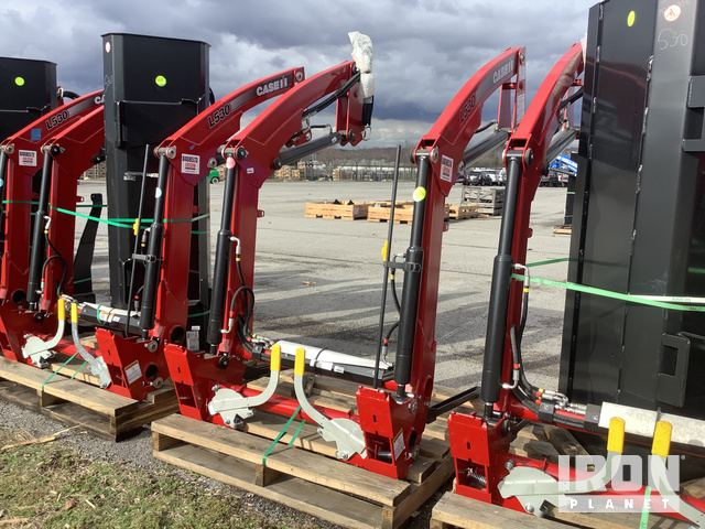 Case IH L530 Loader Attachment - Unused, Tractor Loader