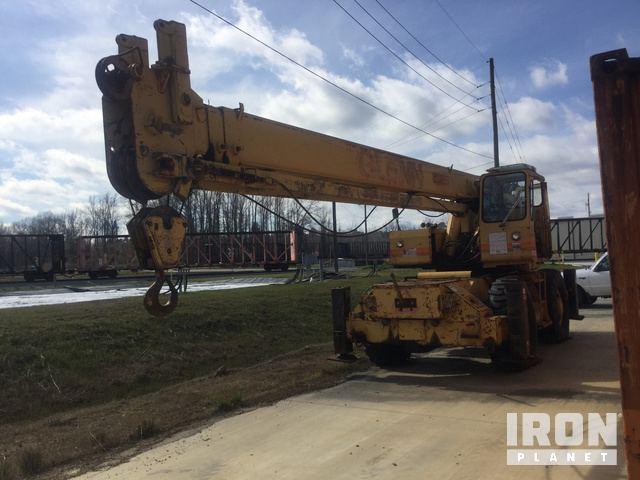 Grove RT620S Rough Terrain Crane, Rough Terrain Crane