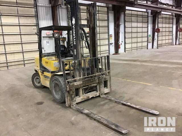HYUNDAI 40DS-7 Pneumatic Tire Forklift, Forklift