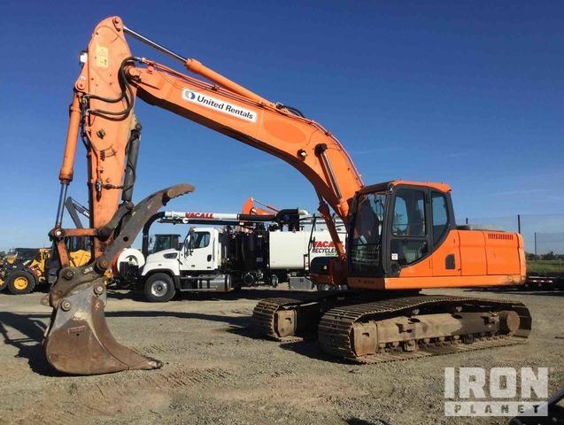 2012 Doosan DX225 LC Track Excavator, Hydraulic Excavator