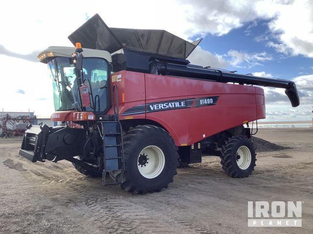 2012 (unverified) Versatile RT490 Combine, Combine
