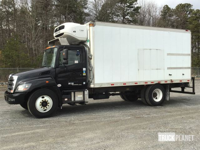 2014 Hino 338 Refrigerated Truck, Reefer Truck