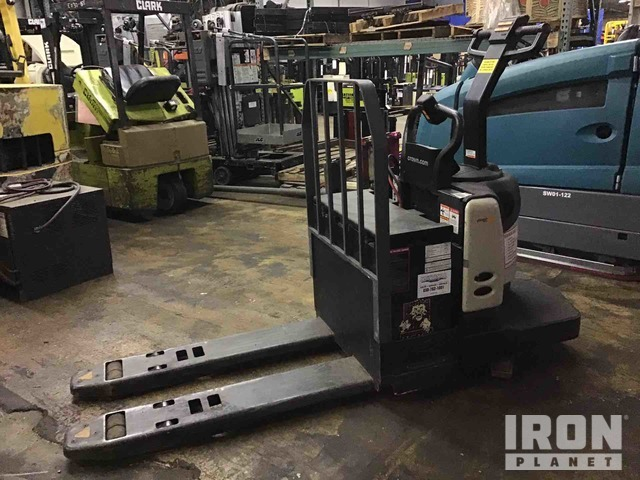 2015 (unverified) Crown PE4500-60 Pallet Jack, Electric Pallet Jack