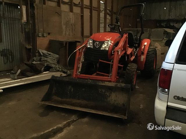2018 (unverified) Kioti CK3510 4WD Tractor, Parts/Stationary Construction-Other