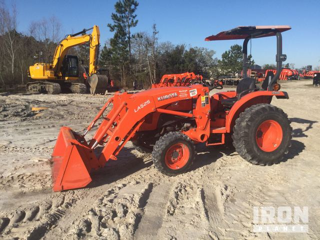 2016 Kubota L3901D 4WD Tractor, MFWD Tractor