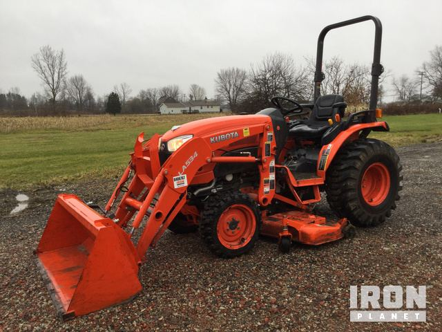 2015 Kubota B2620HSD 4WD Tractor, MFWD Tractor