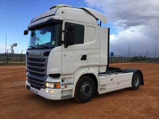 Trucktraktorer