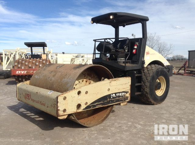 Ingersoll-Rand SD-116DX TF Vibratory Single Drum Compactor, Vibratory Padfoot Compactor