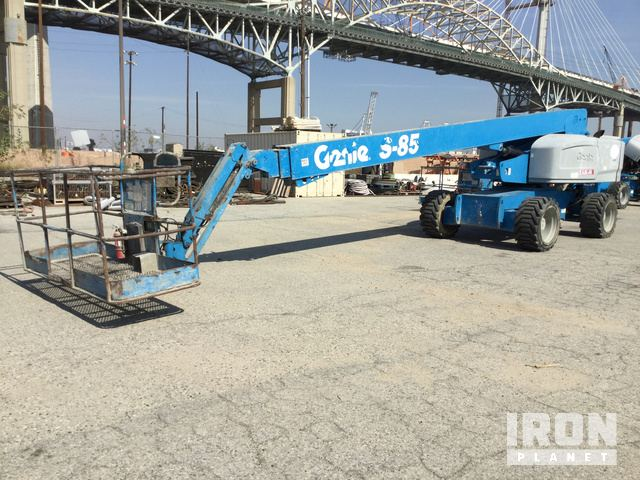 2014 Genie S-85 4WD Diesel Telescopic Boom Lift, Boom Lift