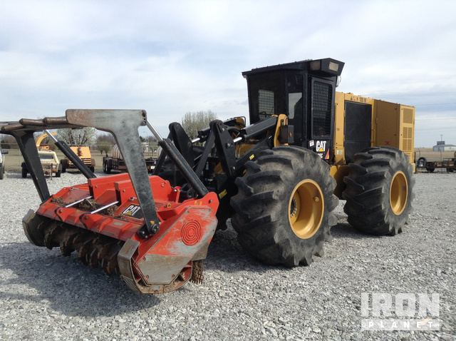 2016 Cat 586C Site Prep Tractor, Integrated Tool Carrier