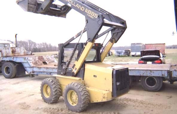 1999 New Holland LX885 Skid-Steer Loader