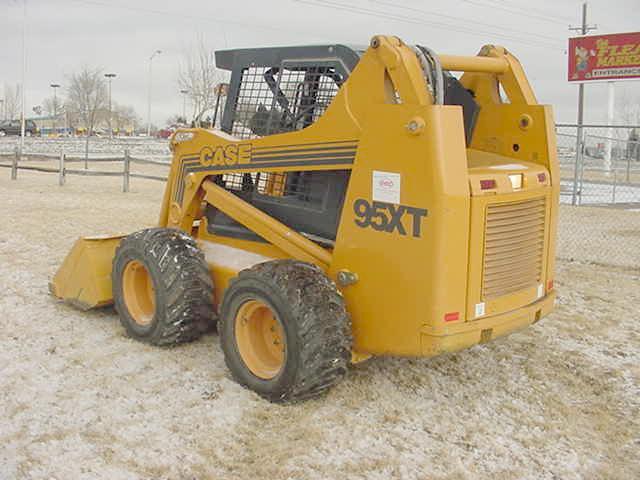 2000 Case 95XT Skid-Steer Loader in Colorado Springs