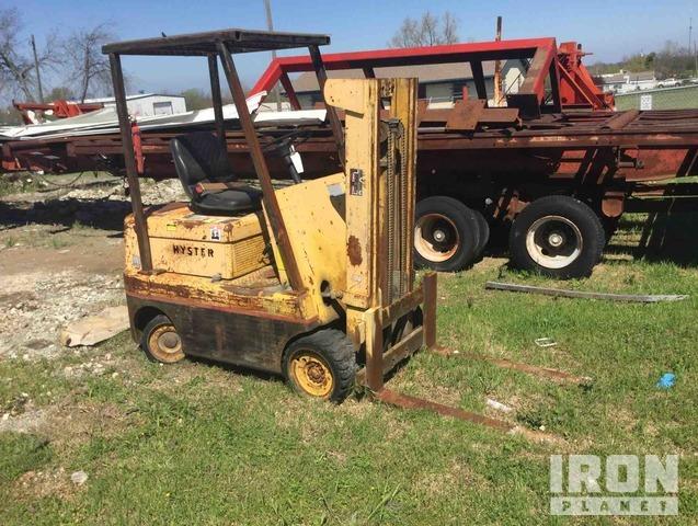 Hyster S50C Pneumatic Tire Forklift, Forklift