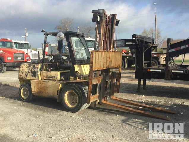 Hyster H90XL Pneumatic Tire Forklift, Forklift