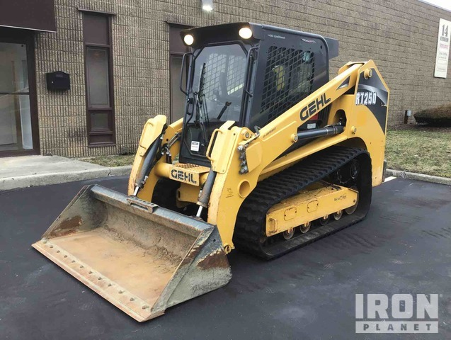 2014 (unverified) Gehl RT250 Skid-Steer Loader, Skid Steer Loader