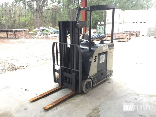 Crown RC5540-40TT154 Electric Forklift, Electric Forklift