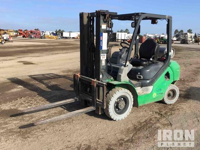 2013 Komatsu FG25T16 4650 lb Pneumatic Tire Forklift, Forklift