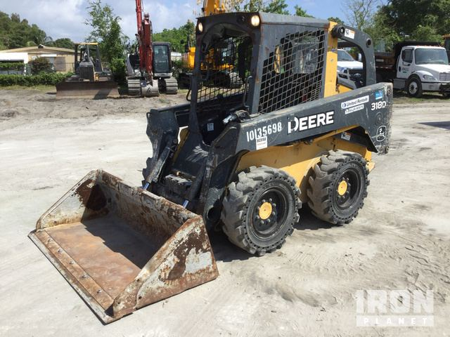 2013 John Deere 318D Skid Steer Loader, Skid Steer Loader