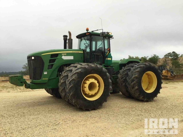 2011 John Deere 9630 Scraper Special Scraper Tractor, 4WD Tractor