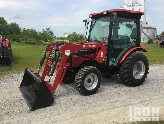 2016 (unverified) Mahindra 2538 HST 4WD Tractor, MFWD Tractor