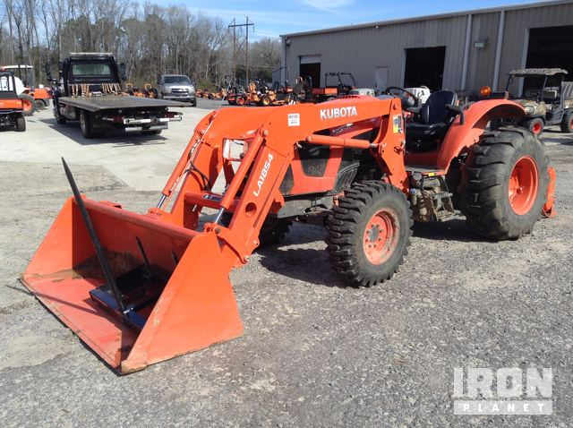 2018 Kubota M5-111D 4WD Tractor, MFWD Tractor