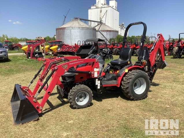 Mahindra Max 26XL HST 4WD Tractor, MFWD Tractor