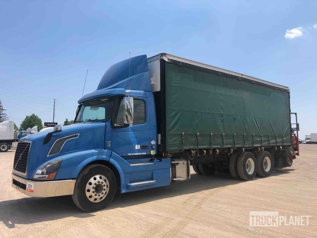 2015 Volvo VNL Curtain Side Truck, Curtain Side Truck
