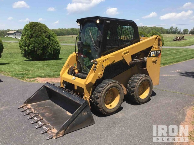 2017 Cat 226D Two-Speed Skid Steer Loader, Skid Steer Loader