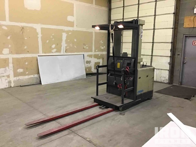 Crown SP3015-30 3000 lb Standup Electric Forklift, Electric Forklift