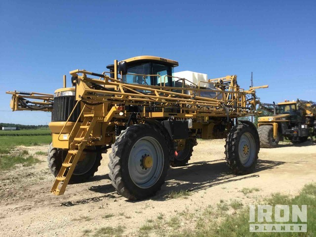 2010 Agco RoGator 1184 Sprayer, Sprayer
