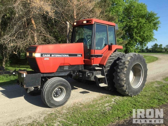 Case IH 7110 2WD Tractor, 2WD Tractor
