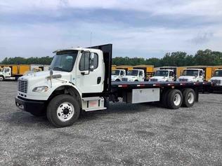 Lastbilar med flak