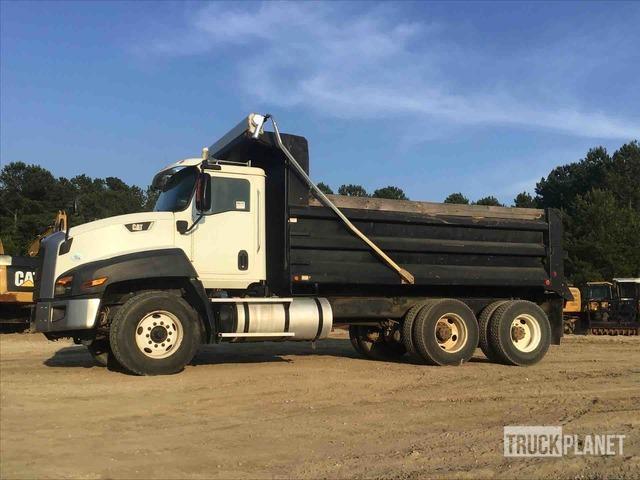 2015 Cat CT660S 6x4 T/A Dump Truck, Dump Truck (T/A)