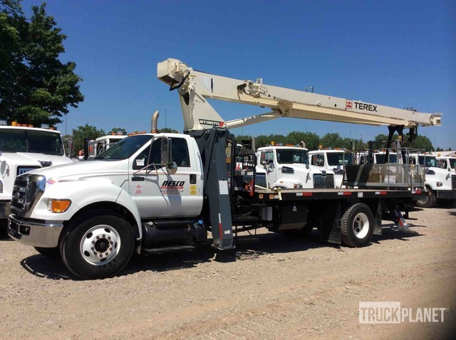 Terex BT3870 Straight Boom on 2013 Ford F-750 Super Duty S/A Truck, Boom Truck