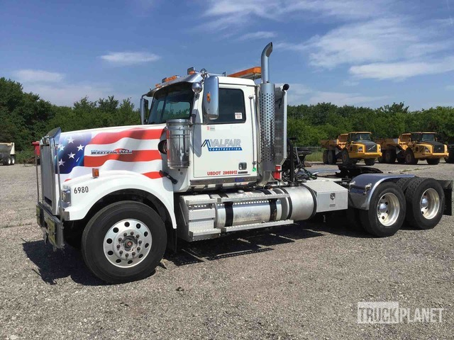 2013 Western Star 4900FA T/A Day Cab Truck Tractor, Truck Tractor (T/A)