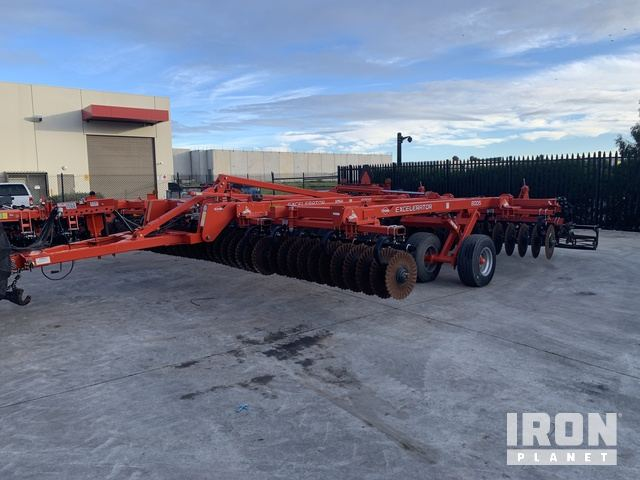2017 Kuhn Excellerator 8005-25 7.6 M Disc, Disc