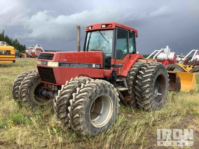 Case IH 7120 4WD Tractor, MFWD Tractor
