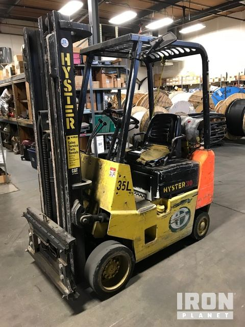 Hyster S30L Cushion Tire Forklift, Parts/Stationary Construction-Other