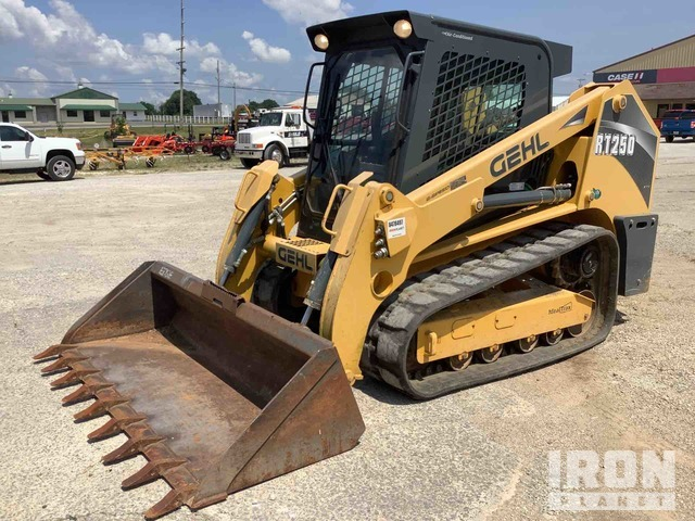 2015 (unverified) Gehl RT250 Two-Speed Compact Track Loader, Compact Track Loader