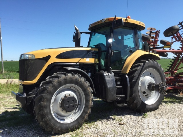 Challenger MT665B 4WD Tractor, MFWD Tractor