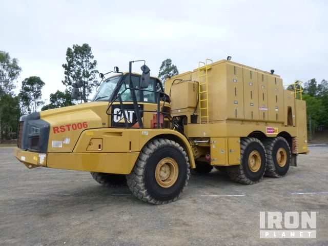 2012 Cat 740B 6x6 Fuel & Lube Truck, Articulated Dump Truck