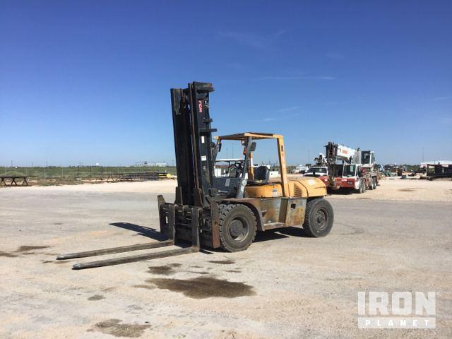 TCM FD100Z8T Pneumatic Tire Forklift, Forklift