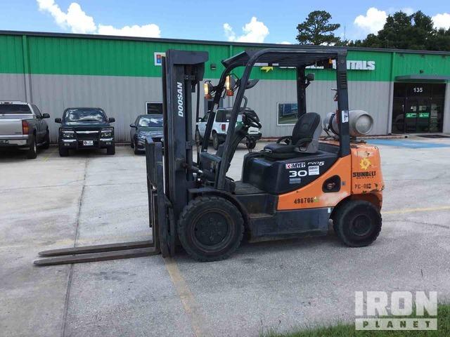 2012 (unverified) Doosan G30P-5 5500 lb Pneumatic Tire Forklift, Forklift