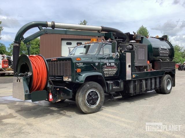 Vac-Con Hydro-Excavation Unit on 1989 GMC Top Kick Truck, Hydro Vac Truck